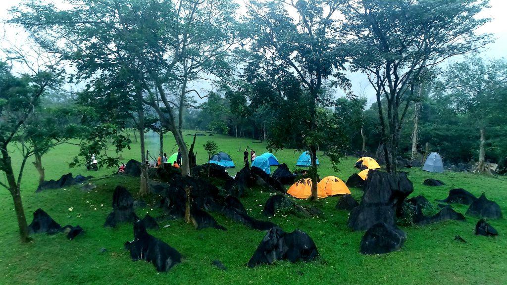 Bãi Cắm trại tại Thung Lũng Tình Yêu