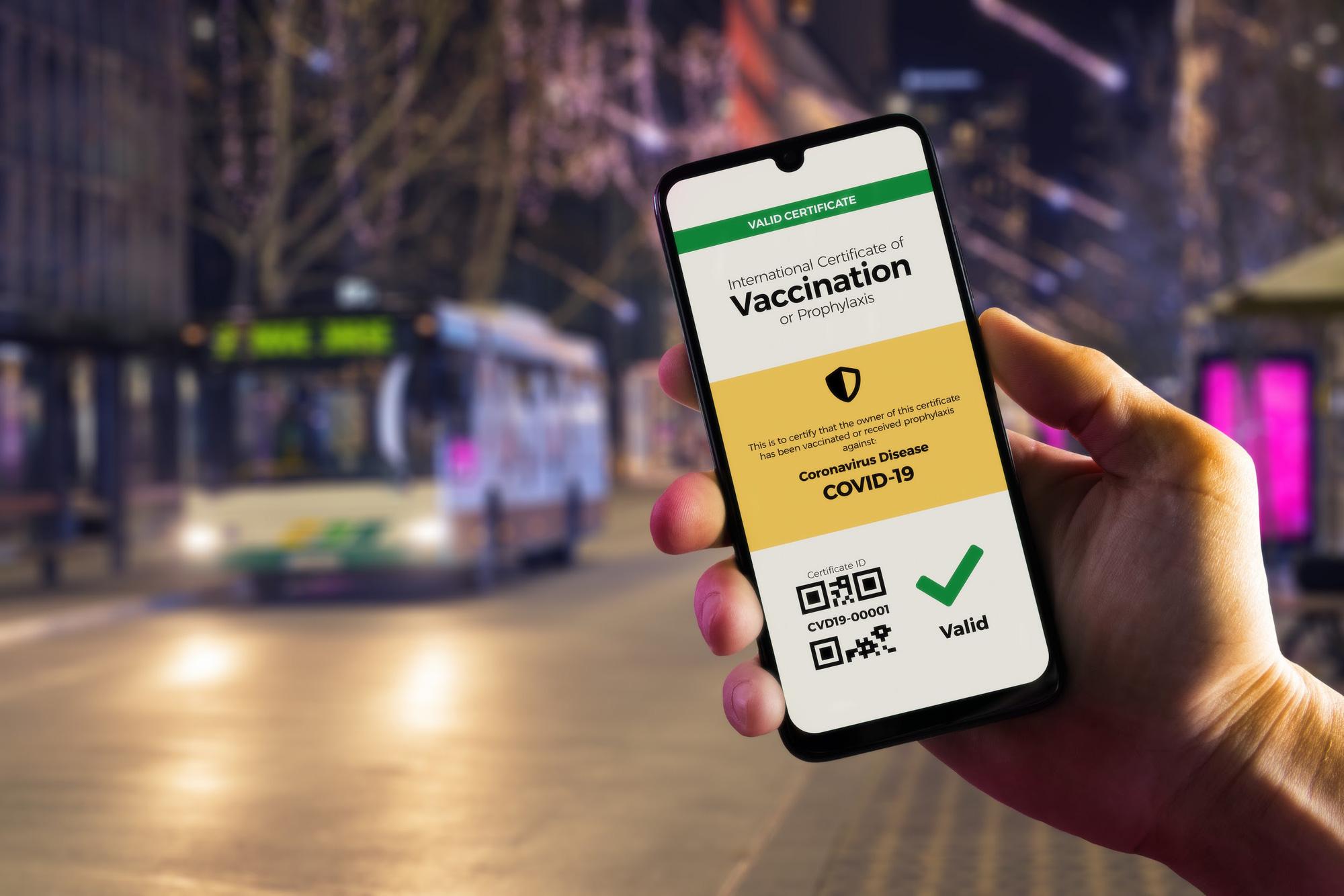 Hộ chiếu sức khỏe trên điện thoại cho phép du khách đăng kết quả xét nghiệm nCoV âm tính phục vụ cho quá trình làm thủ tục bay