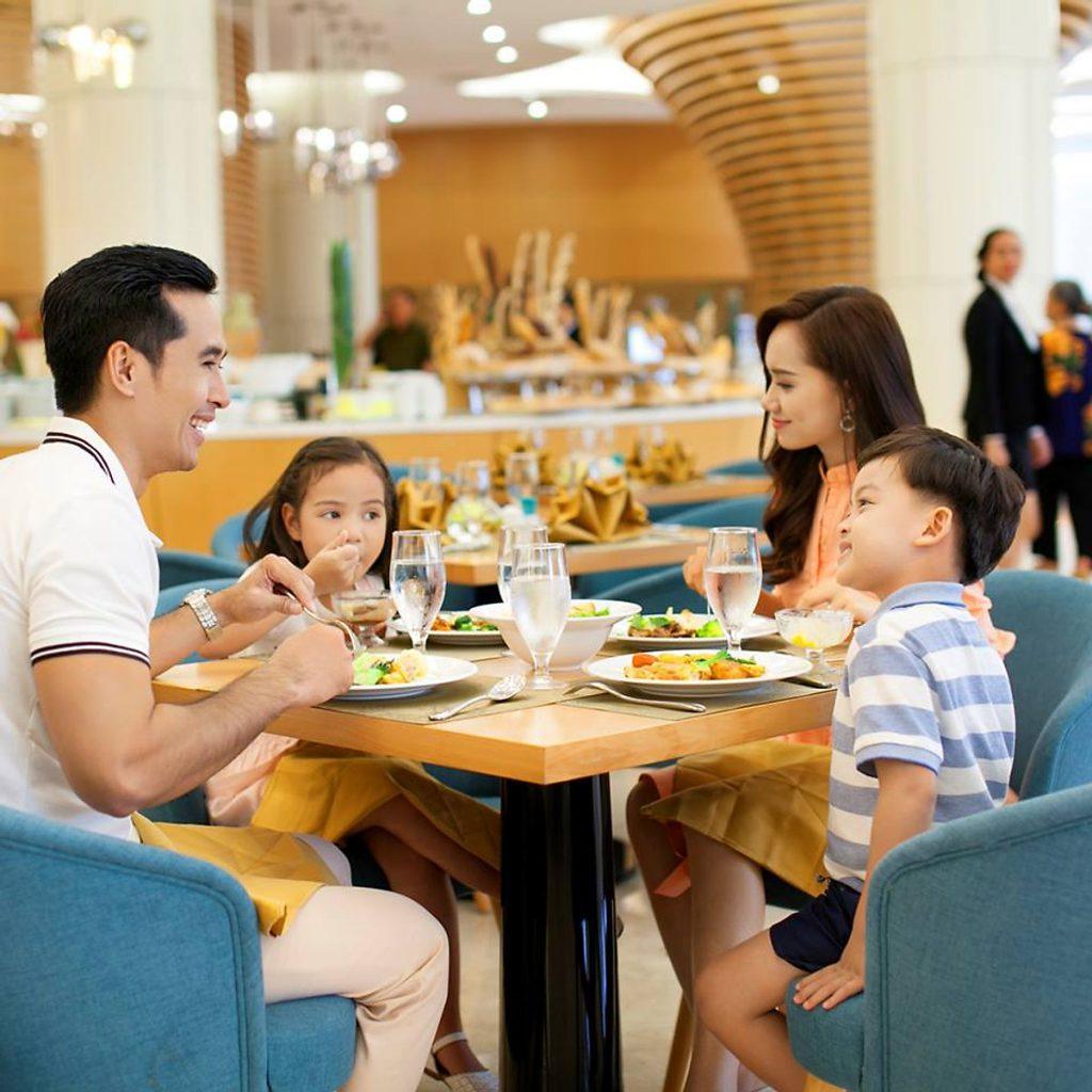 Nhà hàng Buffet Nautilus 2  VinOasis Phú Quốc